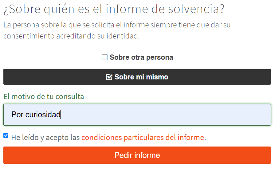 """Casillas """"Sobre mí mismo"""" y """"El motivo de tu consulta"""" y el botón """"Pedir informe"""" de la página de Ibercheck."""